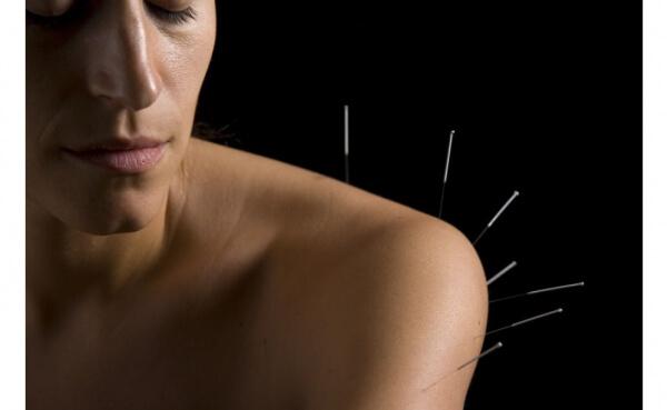 Akupunktur Uygulamasıyla Astım, Bronşit, Sinüzit ve Rinitis Tedavisi